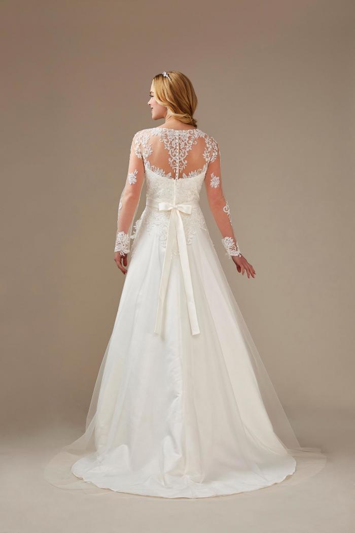 A-Linien Brautkleid langarm mit Spitze und elegantem Rücken von Weise, Modell 336342