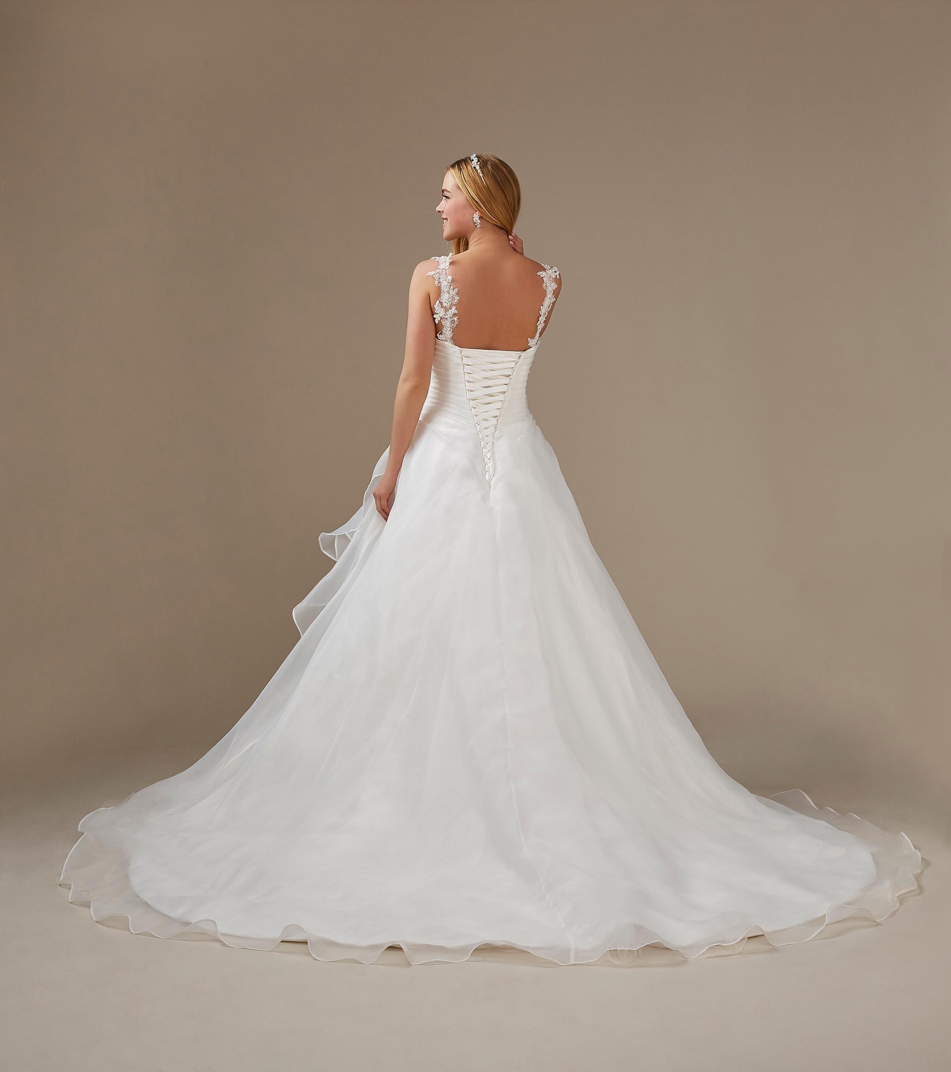 A-Linien Brautkleid mit Herzausschnitt und Schleppe von Weise, Modell 336572