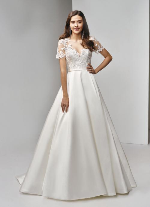 Brautkleid im Prinzesschnitt mit Satinrock, Spitzentop und Ärmeln von Beautiful Bridal, Modell BT19-15