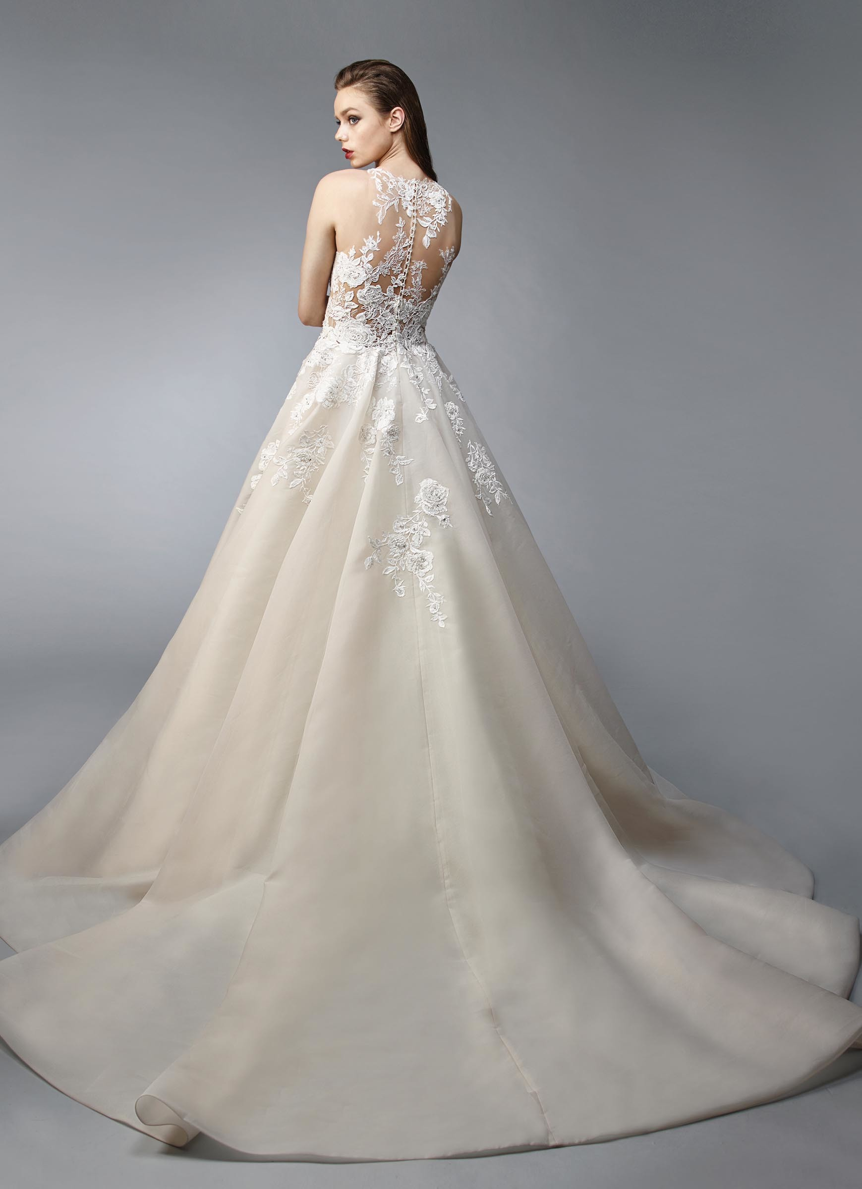 Hochzeits: Hochzeitskleider Mit Viel Glitzer