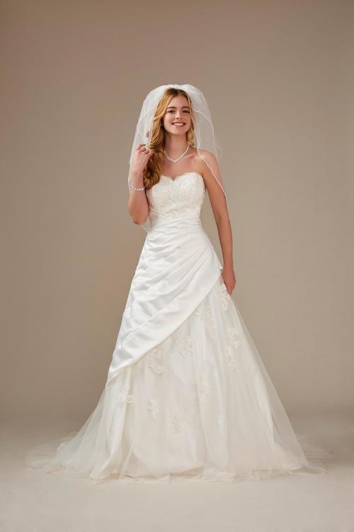 schulterfreies A-Linien Brautkleid mit Herzausschnitt und Spitze von Weise, Modell 336332