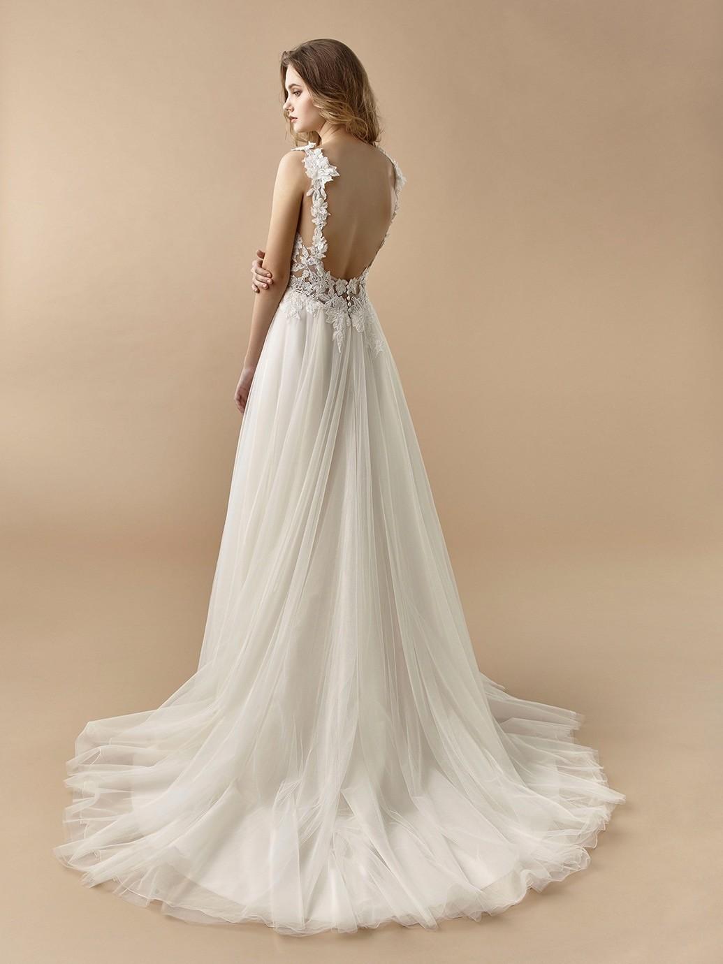 Brautkleid in A-Linie mit Tüllrock, transparentem Spitzentop und V-Ausschnitt von Beautiful Bridal, Modell BT 20-26