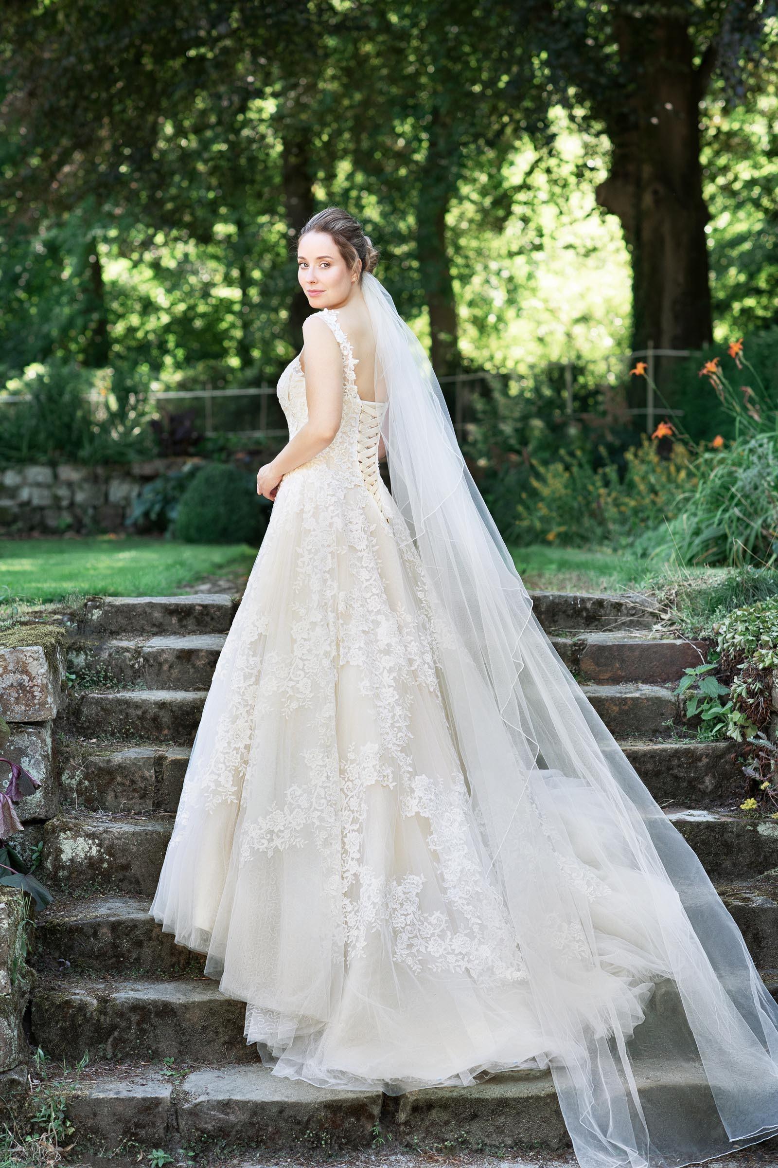 Brautkleider  Die schönsten Kleider & Trends 14 entdecken ❤