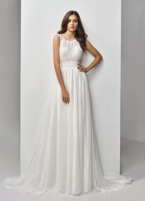 Brautkleid mit fließendem Rock, Plissees und Rundhalsausschnitt von Beautiful Bridal, Modell BT19-13