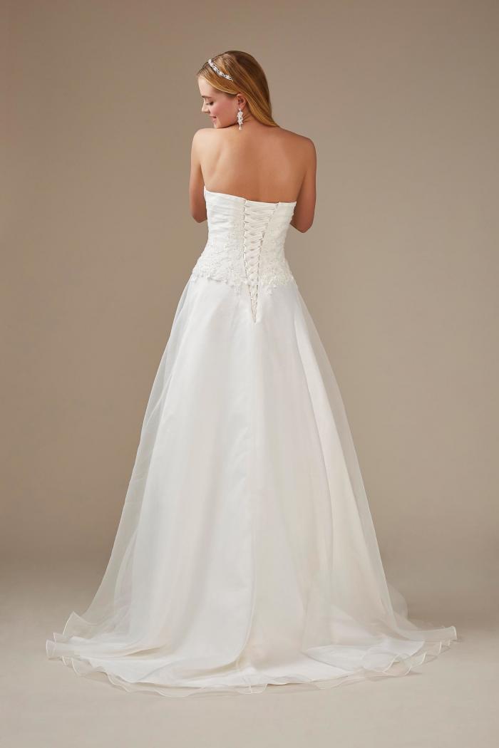 weißes, schulterfreies Brautkleid mit Herzausschnitt von Weise, Modell 336352