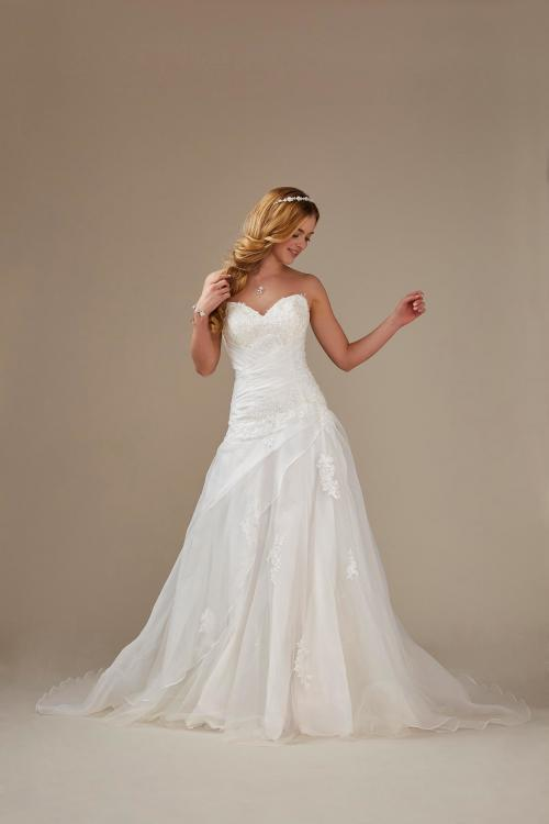 trägerloses Brautkleid mit Korsage und Spitze von Weise, Modell 336682