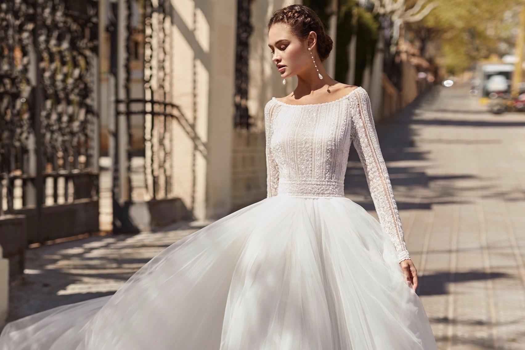 Brautkleider  Trends & Kollektionen  Für jede Figur und Typ