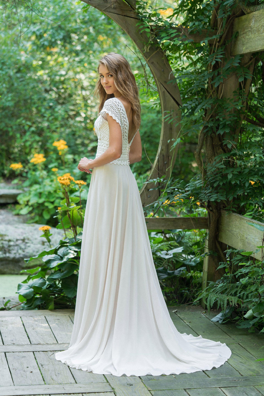 Brautkleid von Lillian West Style 66016