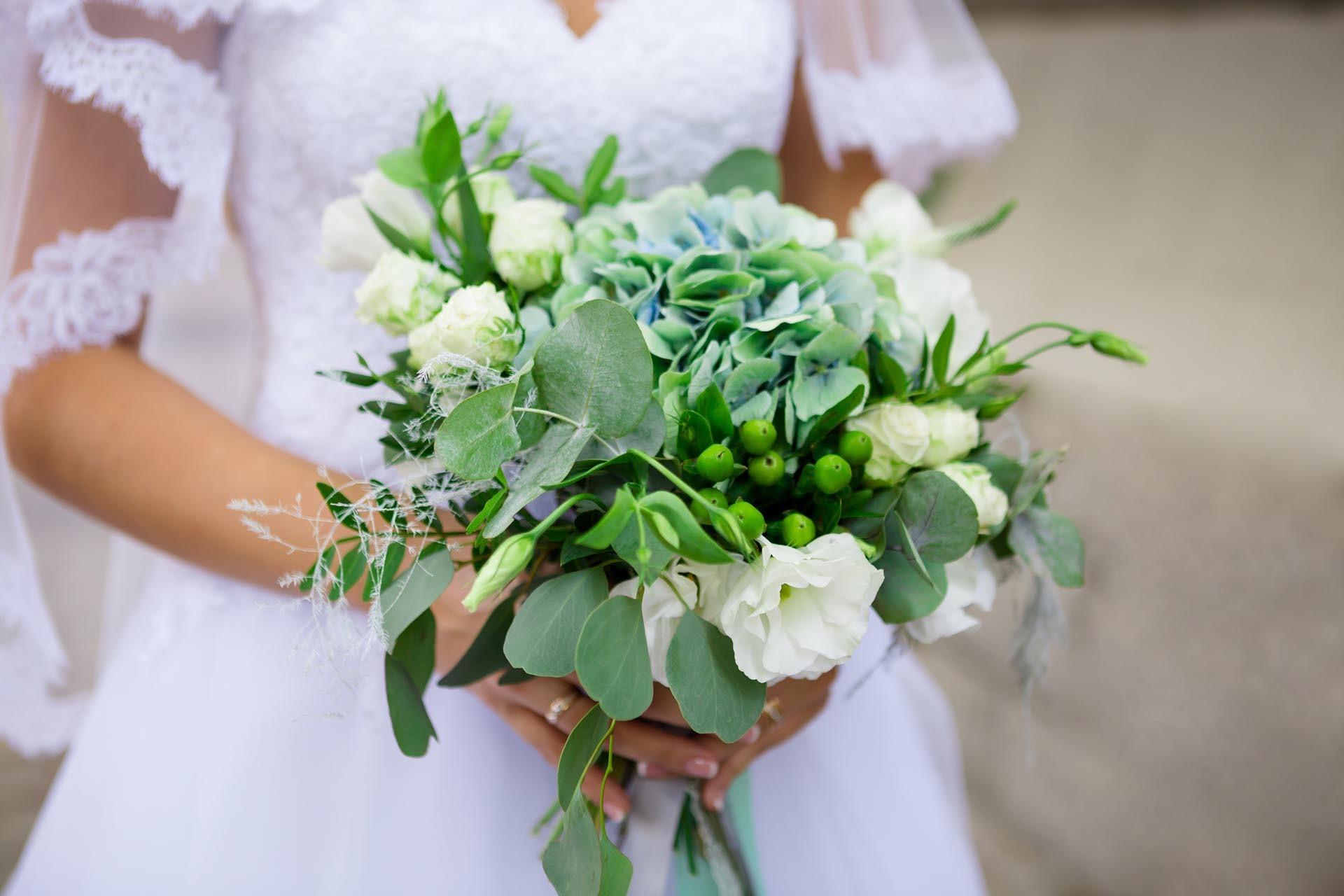 Brautstrauss Mit Eukalyptus Heiraten Mit Braut De