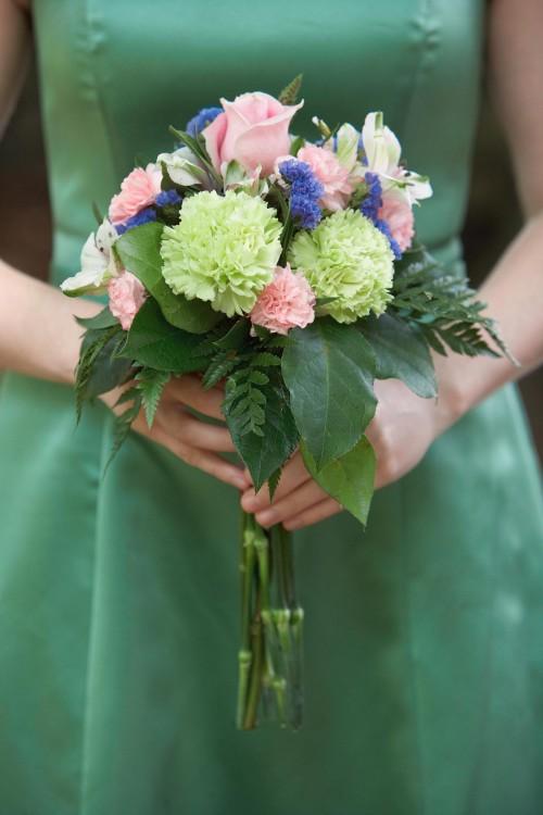 Brautstrauß in Grün und Rosa