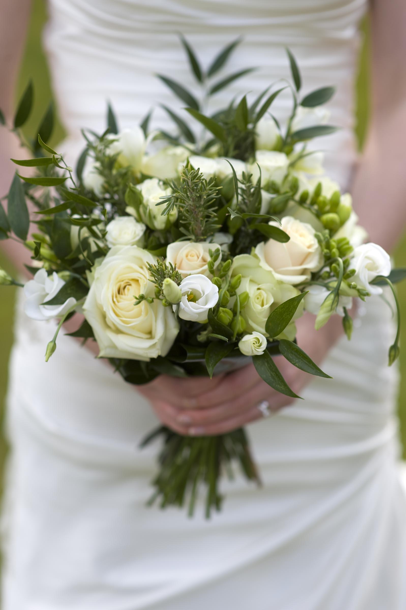 Brautstrauss In Grun Und Creme Heiraten Mit Braut De