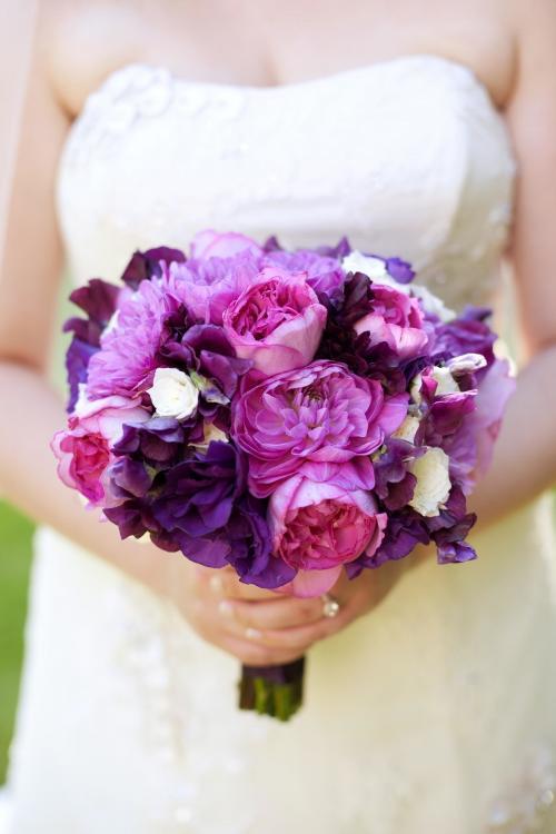Brautstrauß in Lila und Pink