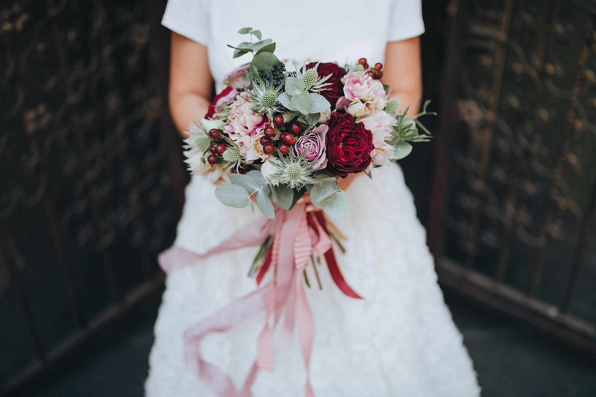Herbstlicher Brautstrauss Heiraten Mit Braut De
