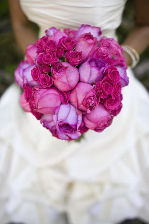pinker Brautstrauß aus Rosen