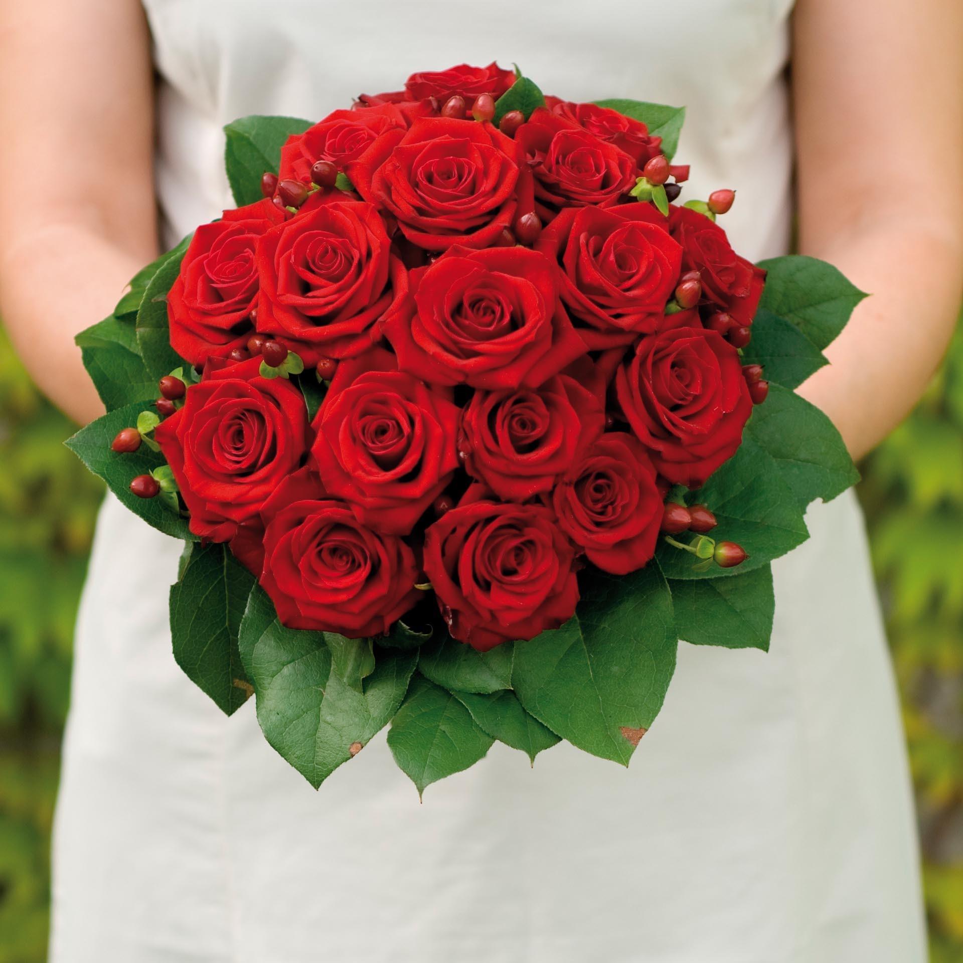 Brautstrauss Aus Roten Rosen Heiraten Mit Braut De