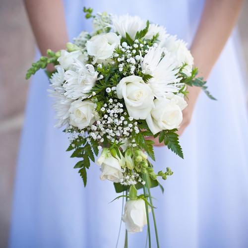 Hochzeitsstrauß in Tropfenform