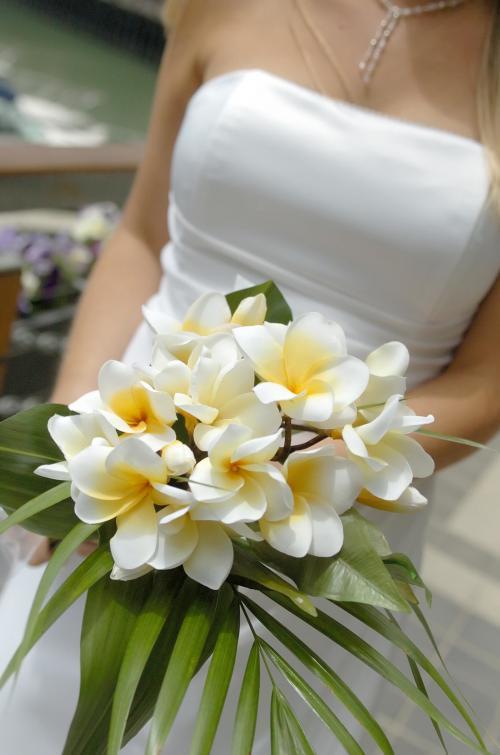 Hochzeitsstrauß in Weiß