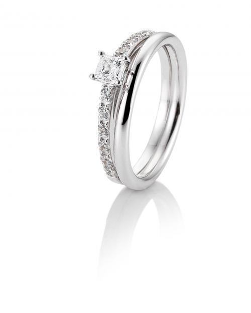 filigranes Weißgold-Ringset aus Verlobungsring mit Brillanten und Trauring