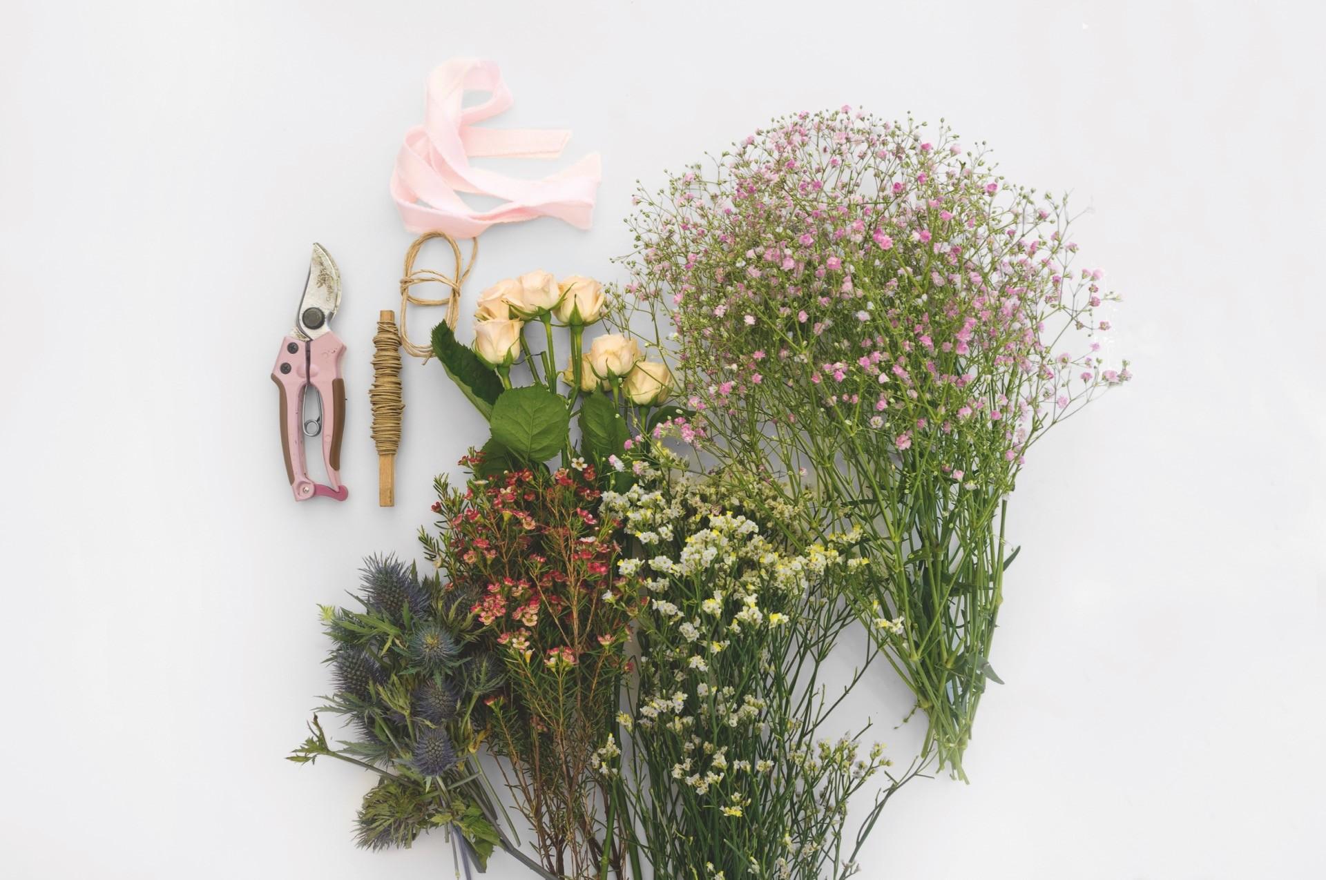 Blumenkranz für die Hochzeit selber machen