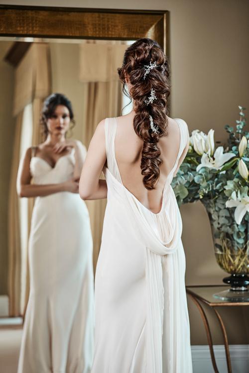 Glamorous Braid als Brautfrisur