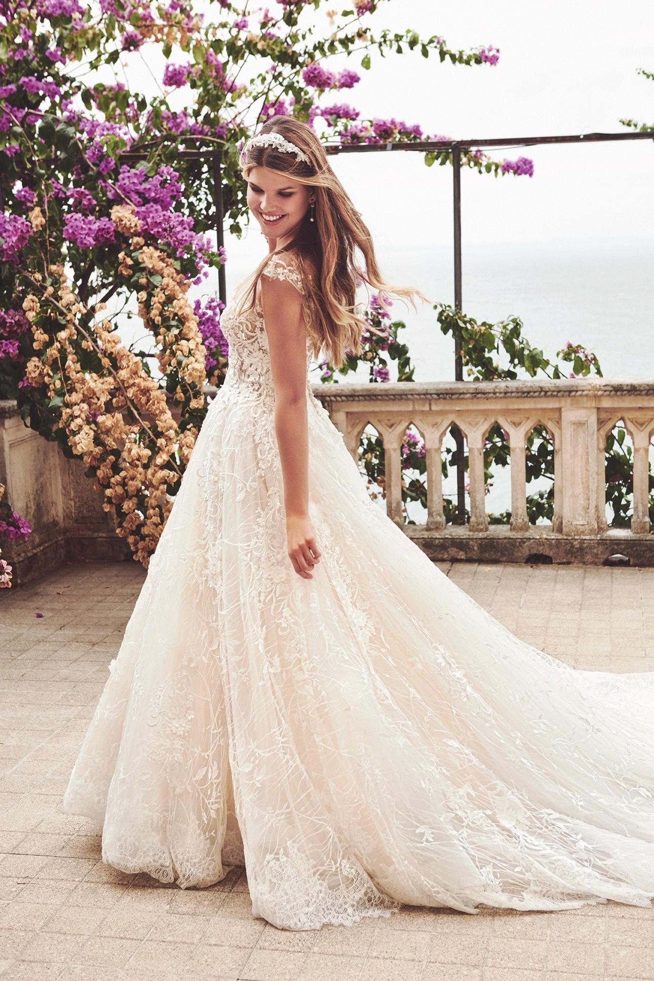 Brautkleid von De Luxe by Lisa Donetti
