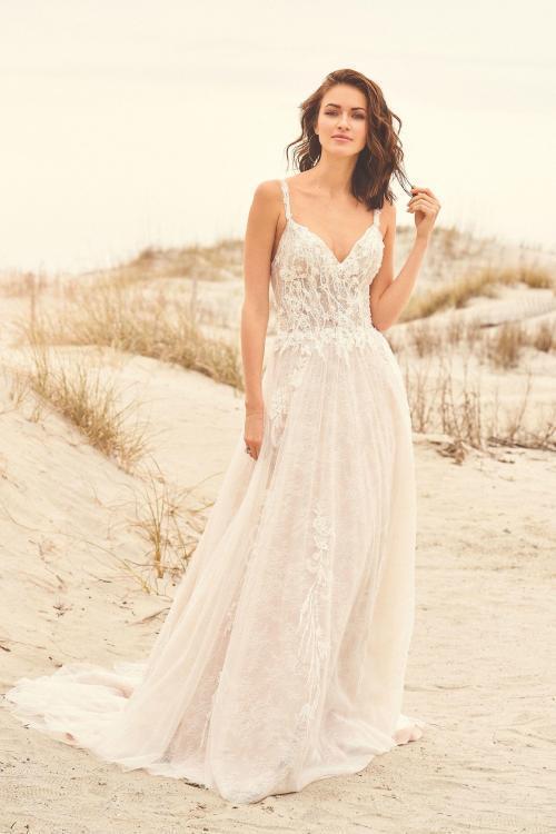 Brautkleid in A-Linie aus Spitze, Vorderansicht