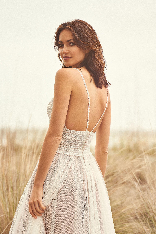 Hochzeitskleid mit Spaghettitägern im Boho-Stil, Rückenansicht