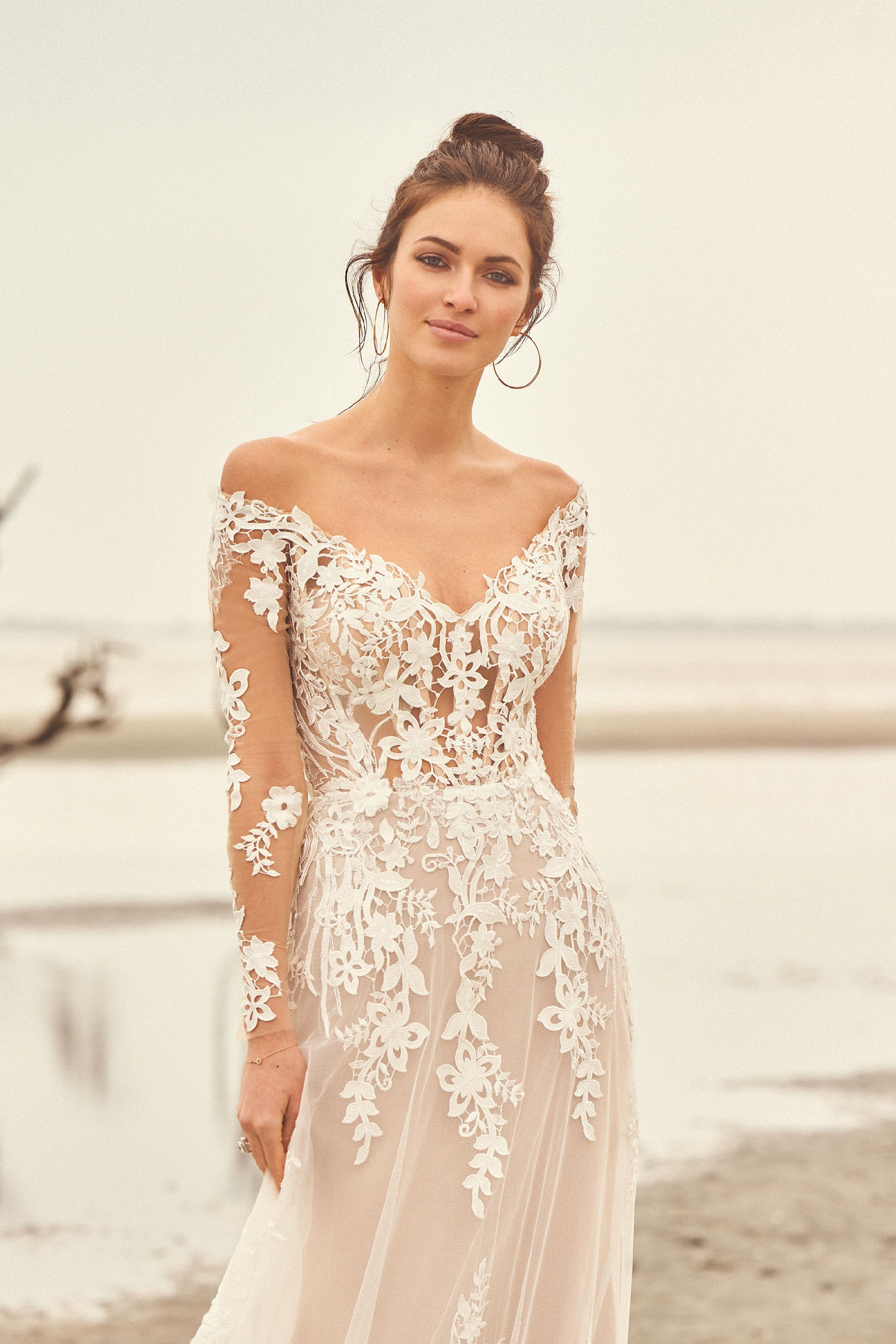 Lillian West Brautmode-Trends 2020 Style 66116