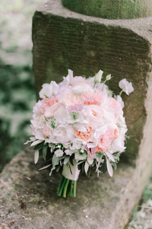 Brautstrauß aus Rosen