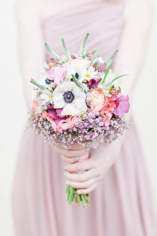 Blumenstrauß mit Anemonen