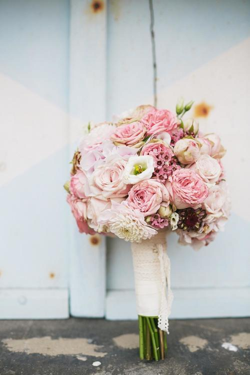 Brautkugel in Pastelltönen