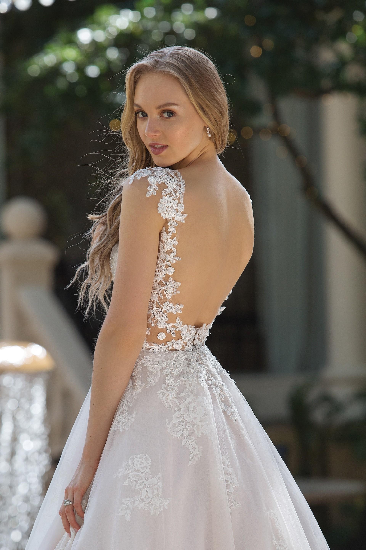 Brautkleid von Sincerity Bridal Modell 44101