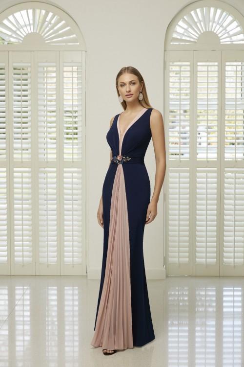 Fit-and-Flare-Kleid mit V-Ausschnitt von Ronald Joyce in Blau/Blush