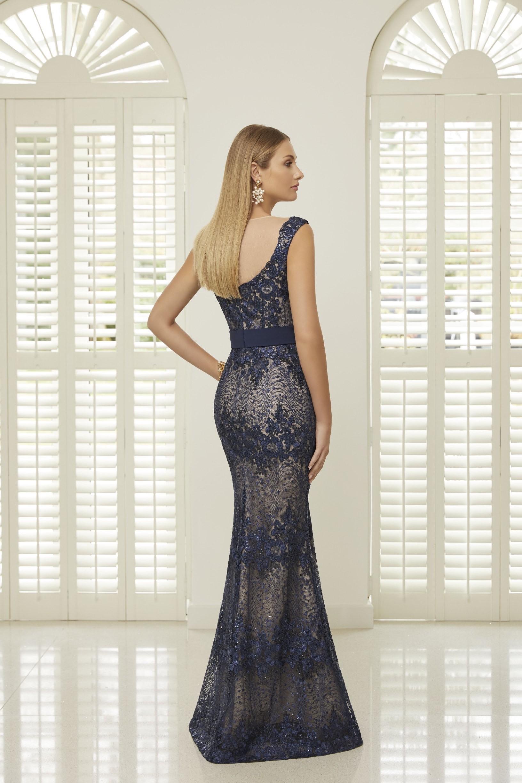 Fit-and-Flare-Kleid mit Plunge-Ausschnitt von Ronald Joyce in Blau/Nude
