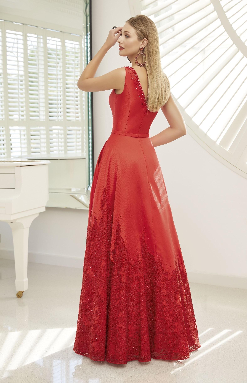 Kleid in A-Linie mit Applikationen am Rock und Top von Ronald Joyce in Rot