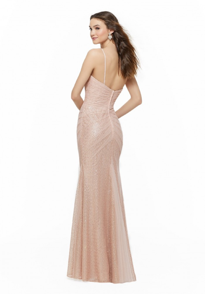 Langes Kleid mit Sweetheart-Ausschnitt, Pailletten und Spaghetti-Trägern von Fara Fiesta in Rosa