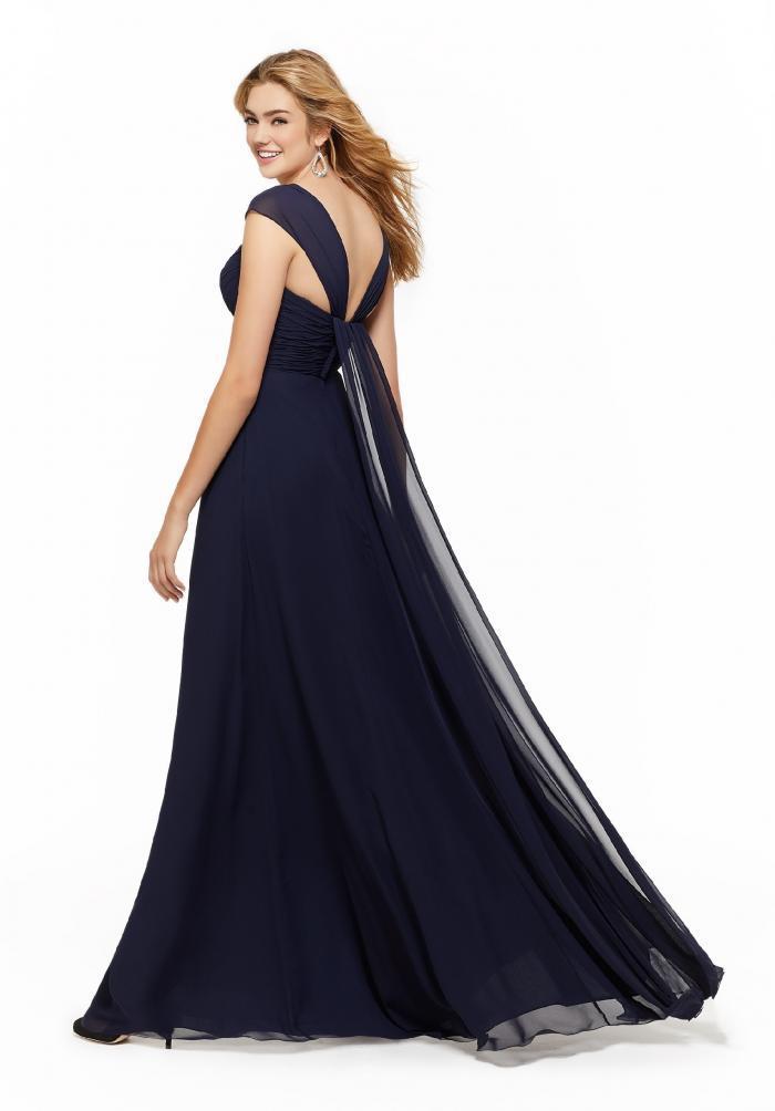 Langes Kleid mit Sweetheart-Ausschnitt und Trägern von Fara Fiesta in Dunkelblau