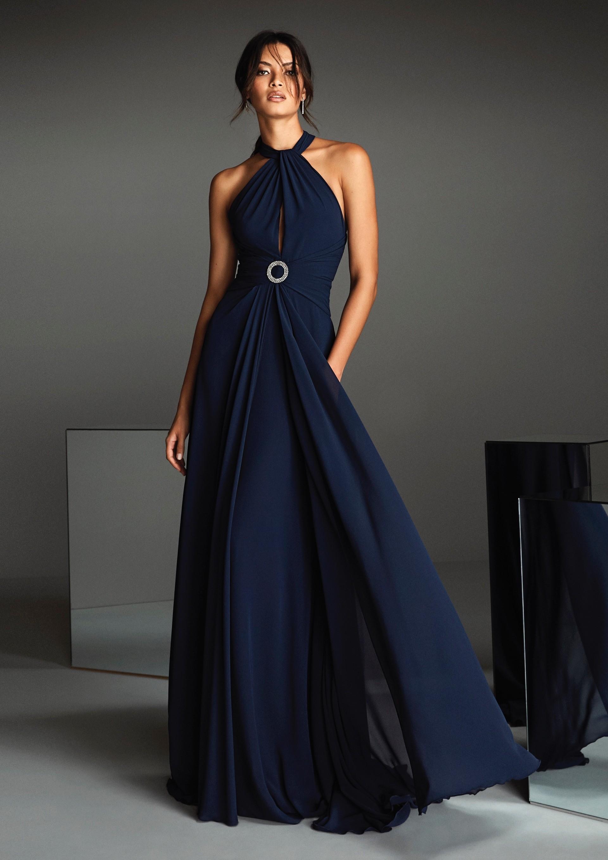 Kleid mit überkreuztem Neckholder-Ausschnitt, mittigem Schlitz sowie Überrock-Effekt von Pronovias in Blau