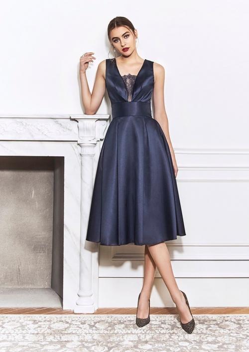 Kurzes Kleid mit V-Ausschnitt, breitem Taillenband und voluminösem von St-Patrick in Dunkelblau