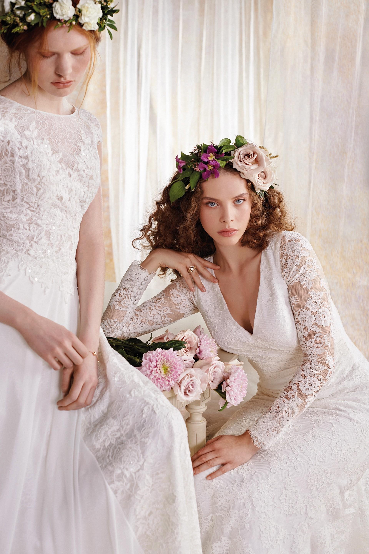 Brautkleider und Blumenschmuck