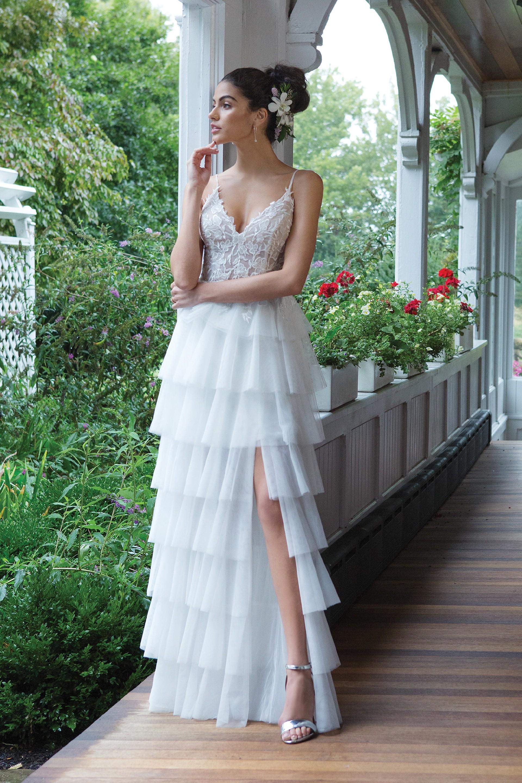Modell 11050 aus Brautmoden-Kollektion Herbst 2019 von Sweetheart