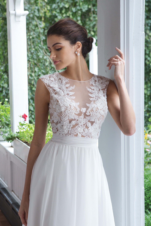 Modell 11052 aus Brautmoden-Kollektion Herbst 2019 von Sweetheart