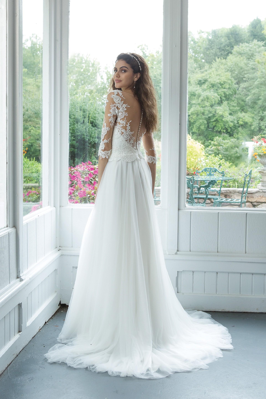 Modell 11068 aus Brautmoden-Kollektion Herbst 2019 von Sweetheart